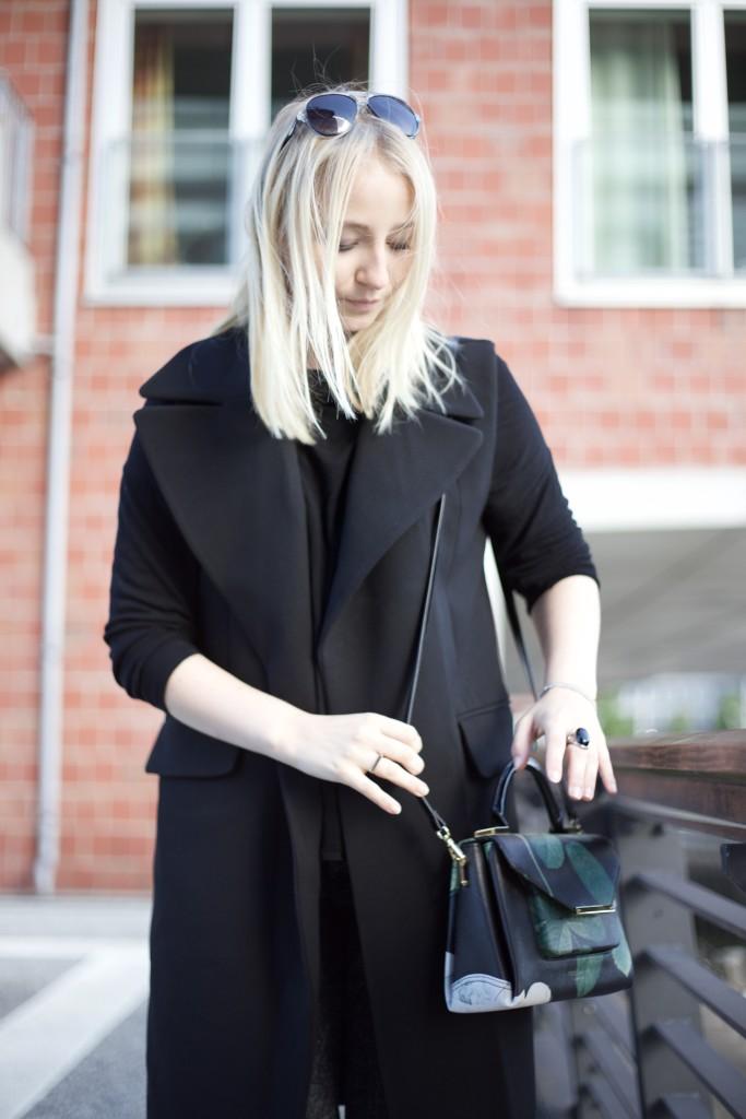 trend_piece_long_vest_autumn_outfit_look_1397