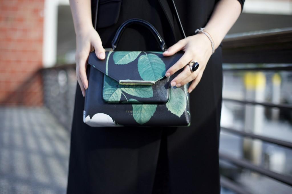 trend_piece_long_vest_autumn_outfit_look_1435