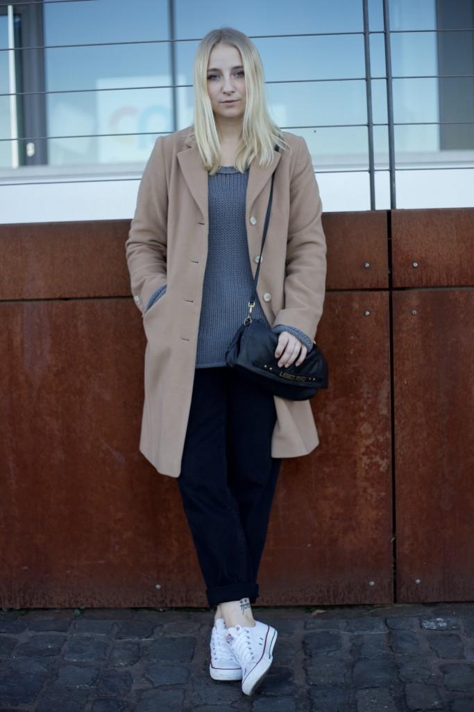 camel_coat_fashionvernissage_mode_blog_cologne_vintage_trend_2454