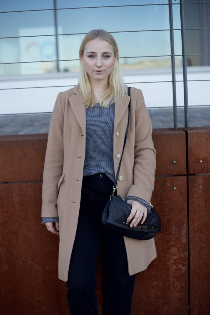 camel_coat_fashionvernissage_mode_blog_cologne_vintage_trend_2467