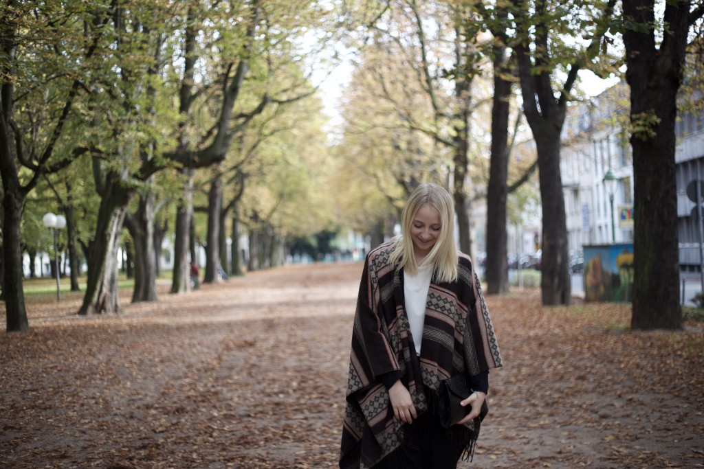 culottes_poncho_autumn_herbst_fashion_mode_cologne_köln_fashionvernissage_2013