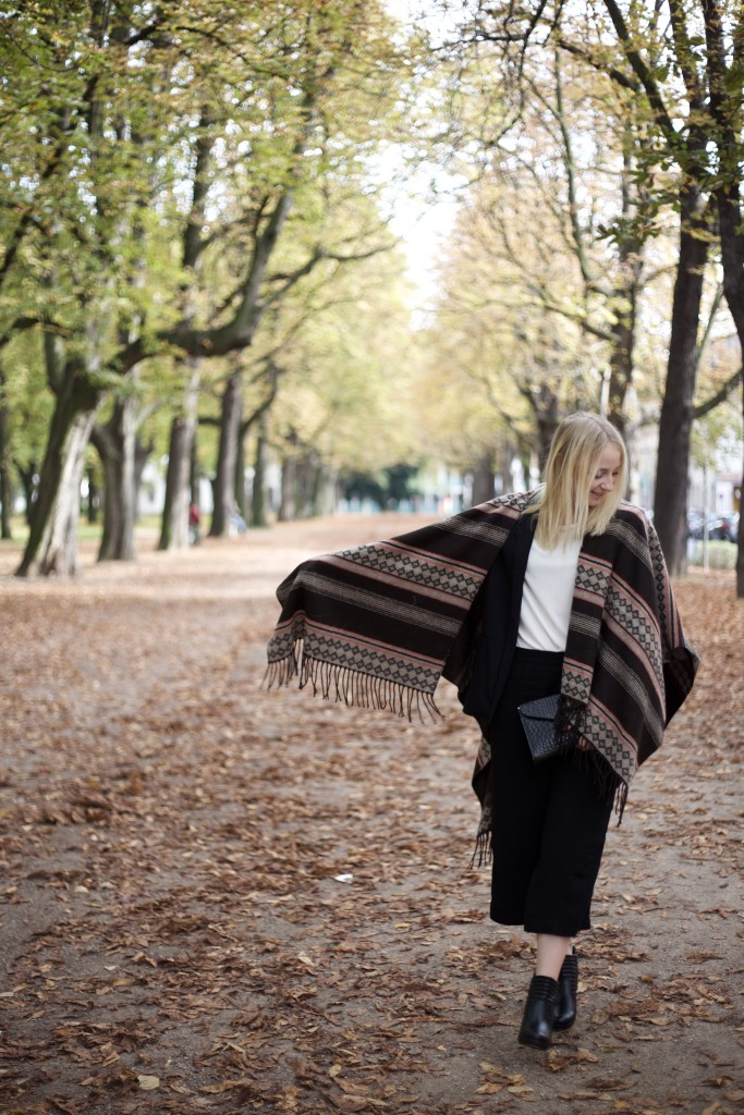 culottes_poncho_autumn_herbst_fashion_mode_cologne_köln_fashionvernissage_2049