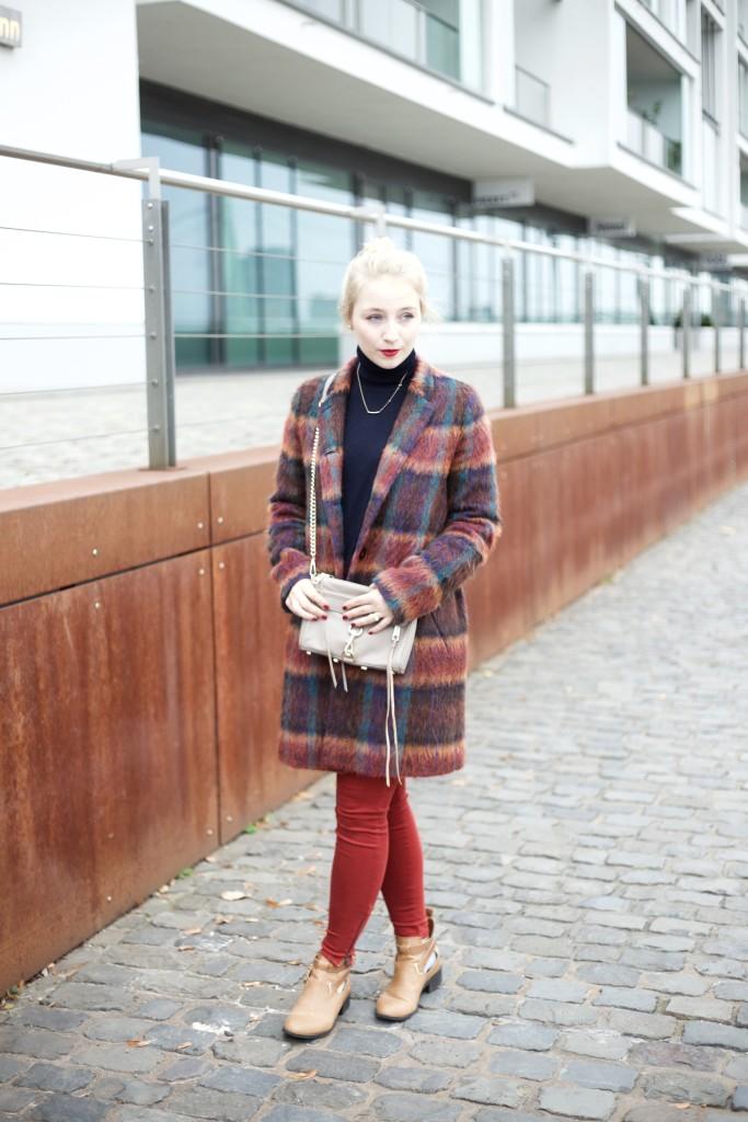 Wollmantel_bunt_fashionvernissage_outfit_fashion_cologne_köln_3212