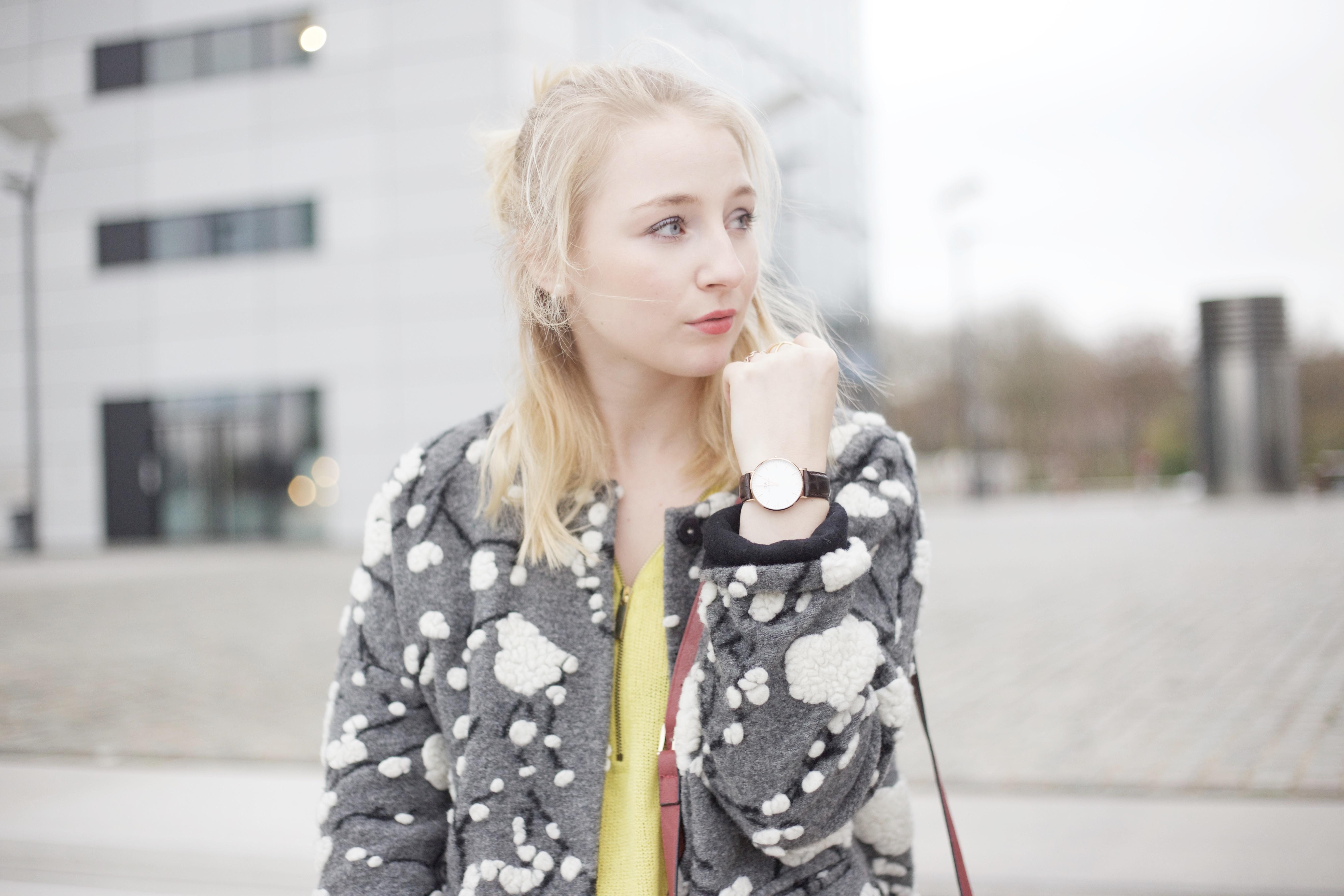 Bezaubernd Grauer Mantel Kombinieren Foto Von Outfit_molly_bracken_grauer_mantel_fashionvernissage_2853