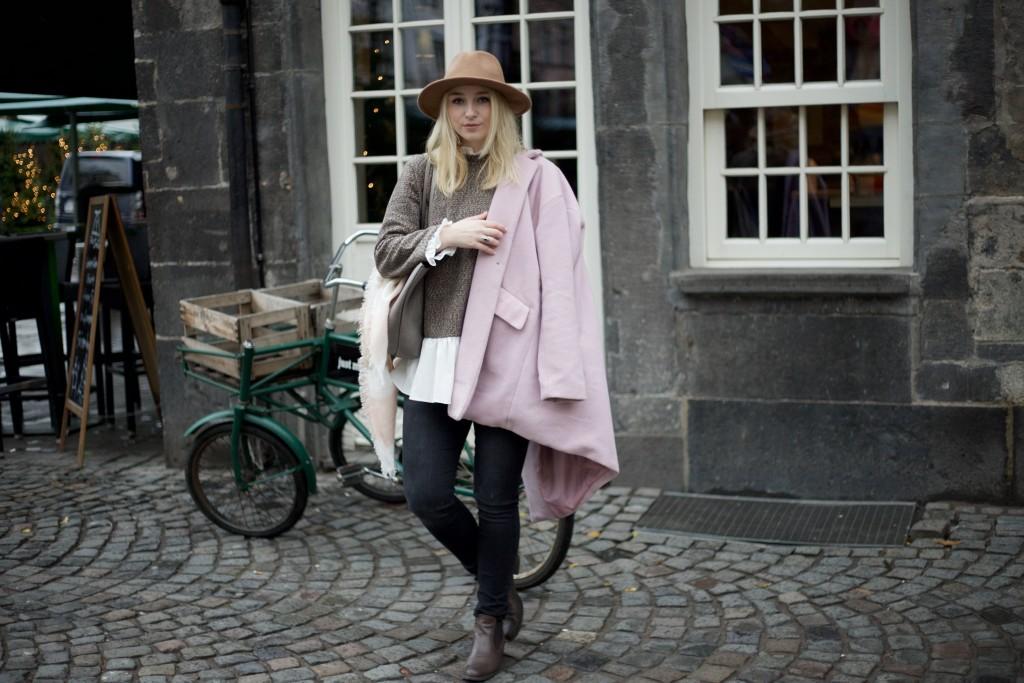 Hut_Winter_Rosa_Mantel_Fashionvernissage_Cologne_9762