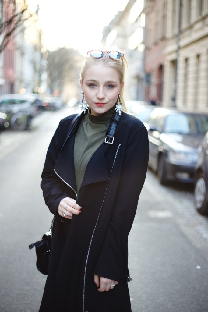 Alba_Moda_Trenchcoat_Fashionblog_Cologne_köln_modeblog_outfi_0069