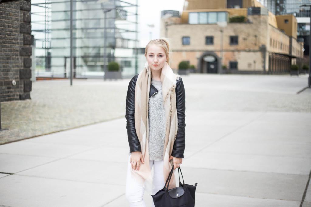 blaue-adidas-superstars-fruehlingslook-fashionblog