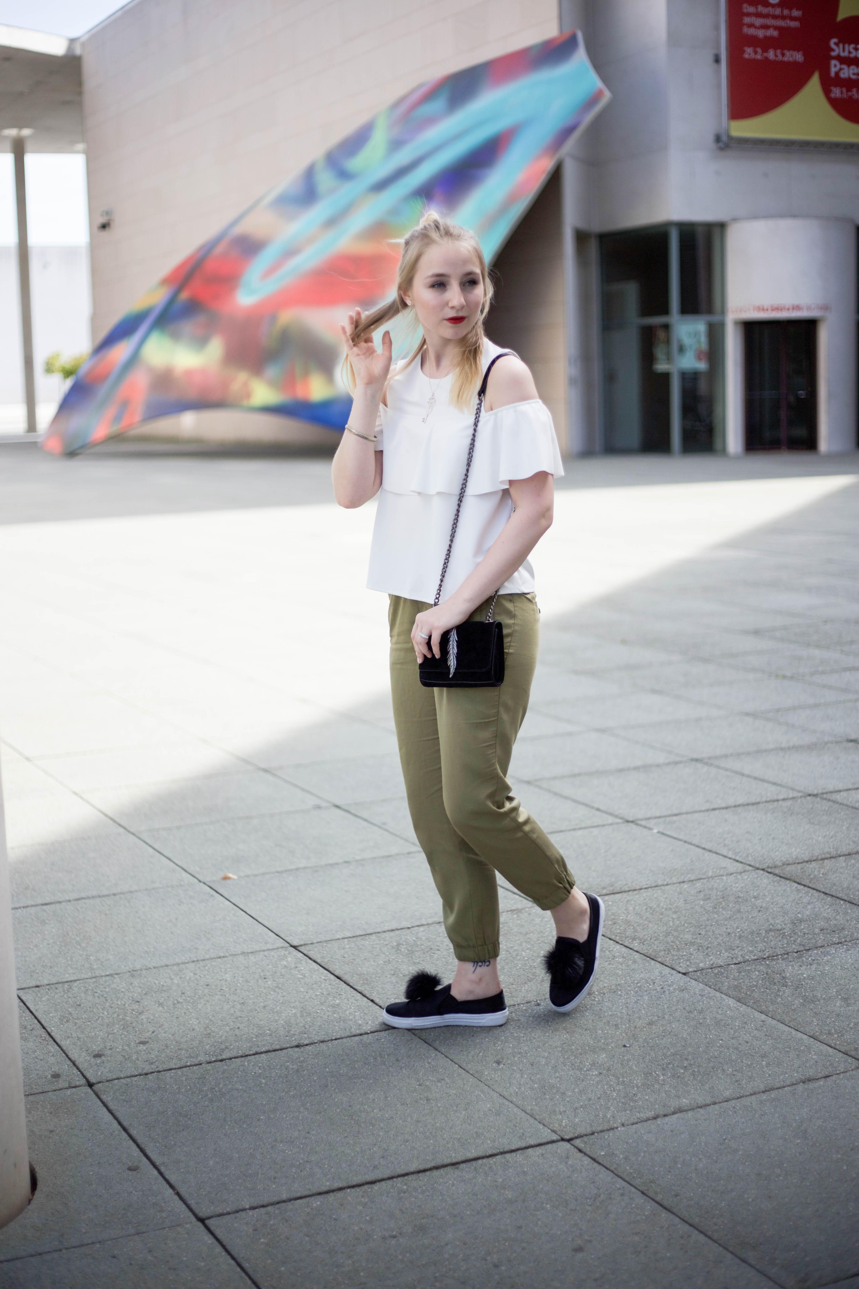 Off-Shoulder-Trend-Shirt-Bonn-Berlin-Köln-Fashionblog-Outfit_0139