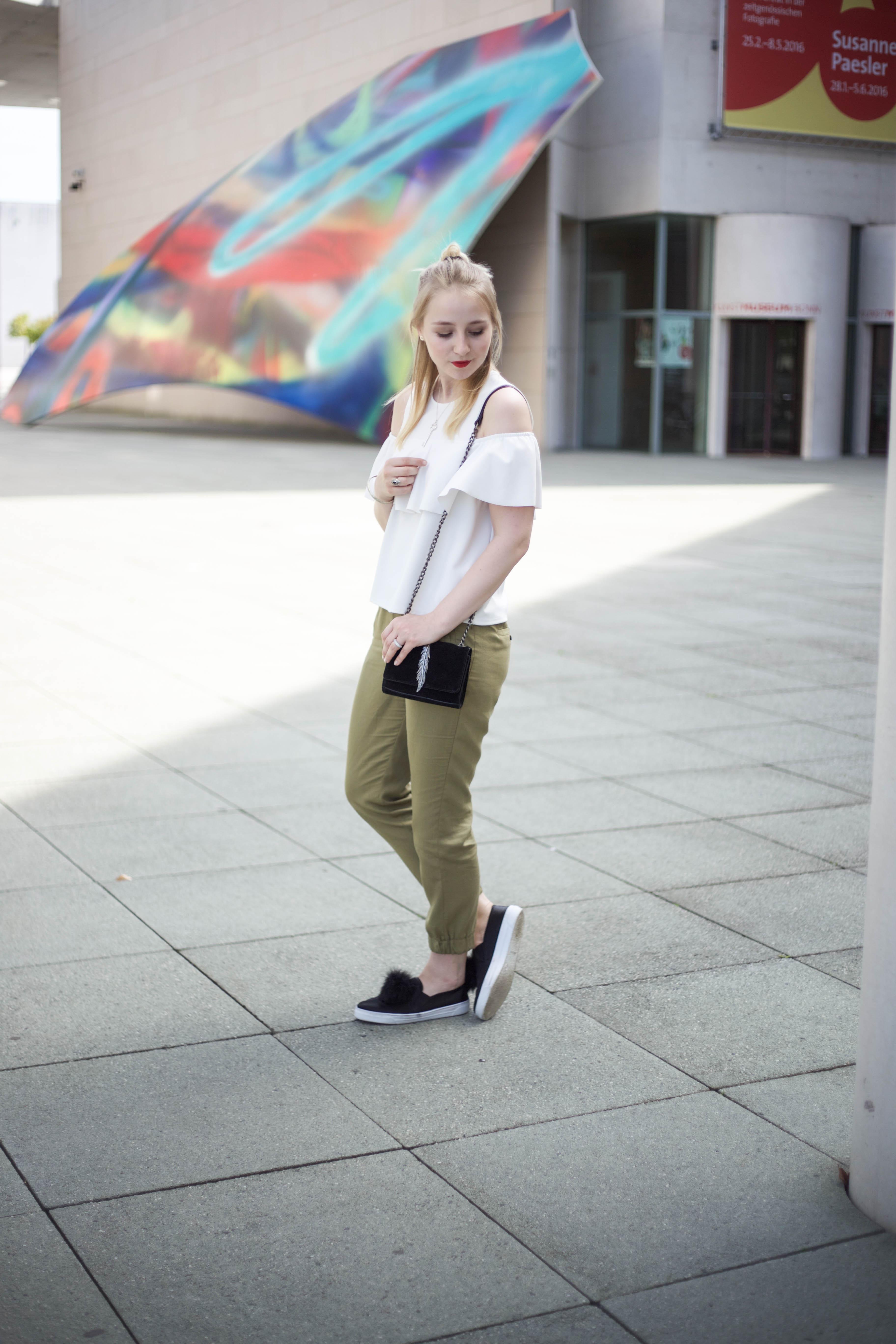 Off-Shoulder-Trend-Shirt-Bonn-Berlin-Köln-Fashionblog-Outfit_0148