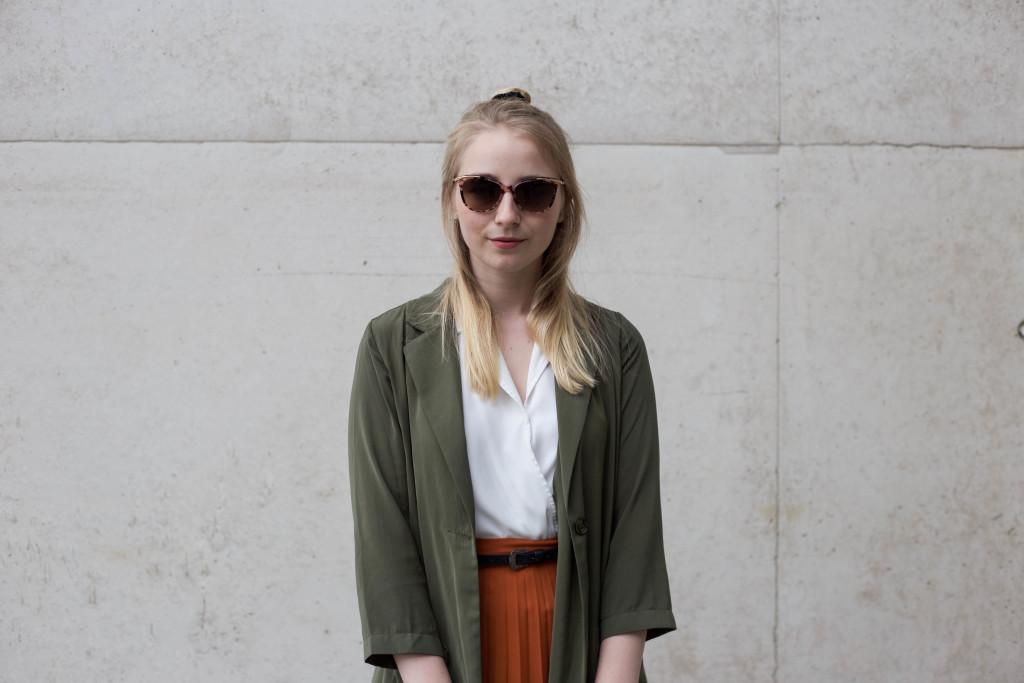 sunglassesshop-outfit-faltenrock-bonn-berlin-köln-fashionblog