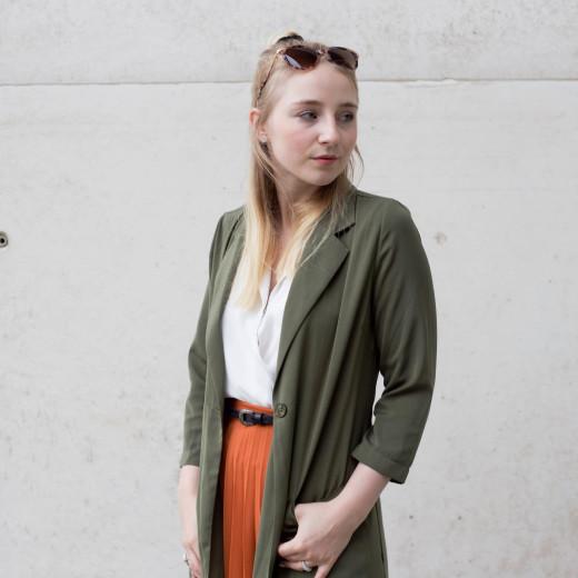 sunglassesshop_outfit_faltenrock_bonn_berlin_köln_fashionblog_0653