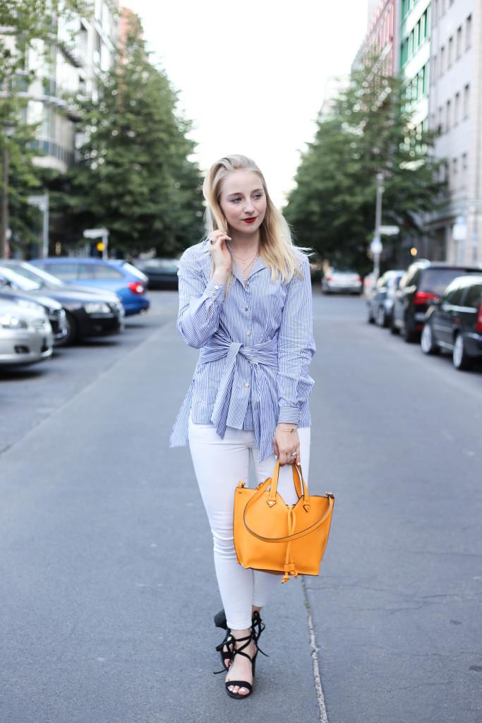 auffällige-bluse-schleifenbluse-schicker-sommerlicher-look-fashion-week-berlin_0396