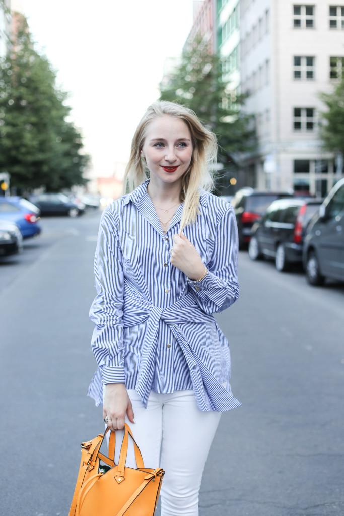 auffällige-bluse-schleifenbluse-schicker-sommerlicher-look-fashion-week-berlin_0403