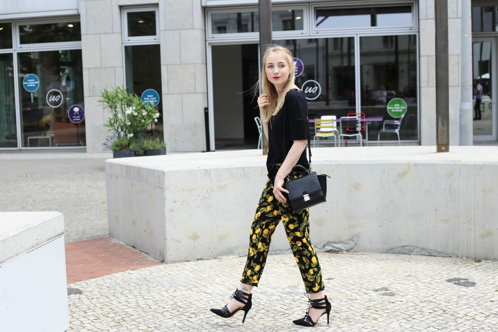 zitronenhose-fashionblogger-berlin-outfit-modeblogger-köln_1036