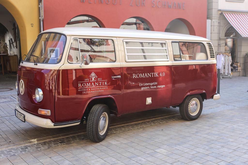 romantik-road-trip-franken-berlin-travel-reiseblog-volkach-hotel-zur-schwane-vw-oldtimer