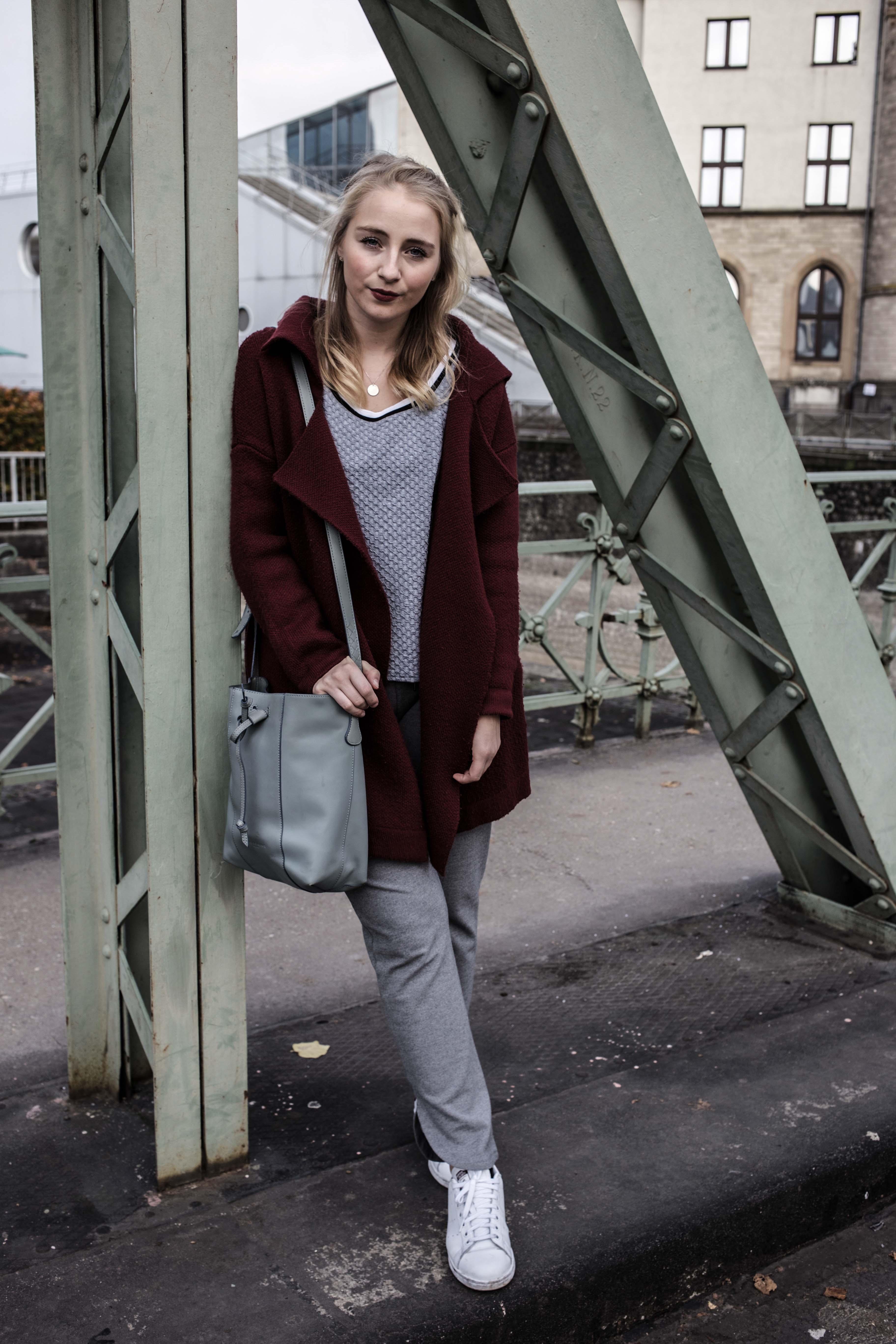 sparkle-store-fashion-sparkle-jogger-pants-alltag-nadel-und-faden-hamburg-designerkleidung-designerklamotten-modeblog-koeln-fashionblog-berlin_6745