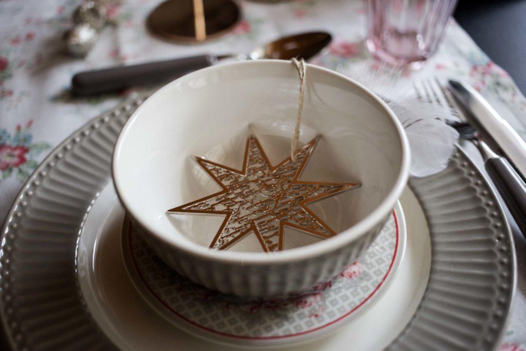 festliche-tischdekoration-weihnachtstafel-interior-ediths-weihnachten_6973