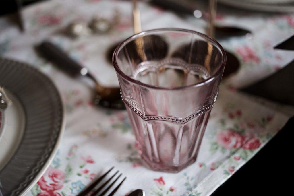 festliche-tischdekoration-weihnachtstafel-interior-ediths-weihnachten_6975