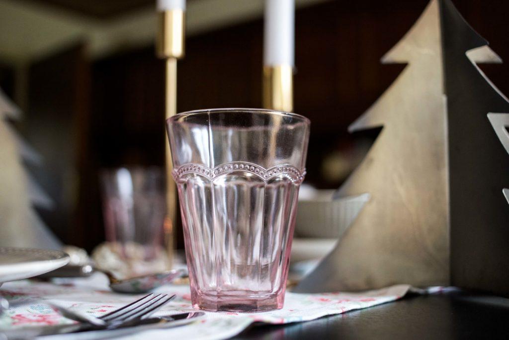 festliche-tischdekoration-weihnachtstafel-interior-ediths-weihnachten_6991