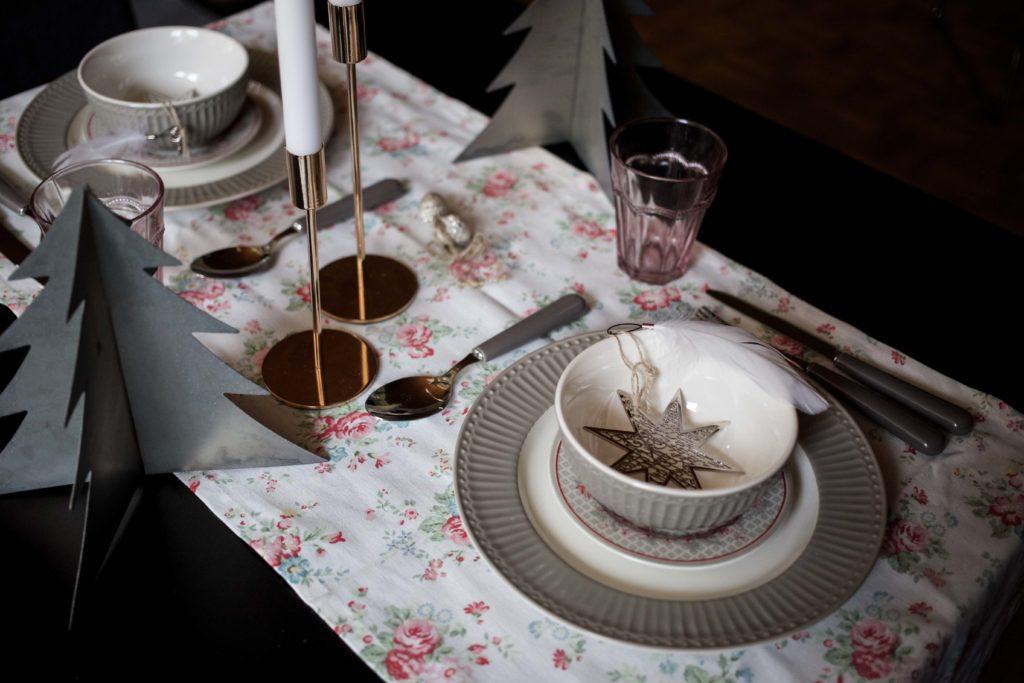 festliche-tischdekoration-weihnachtstafel-interior-ediths-weihnachten_6996