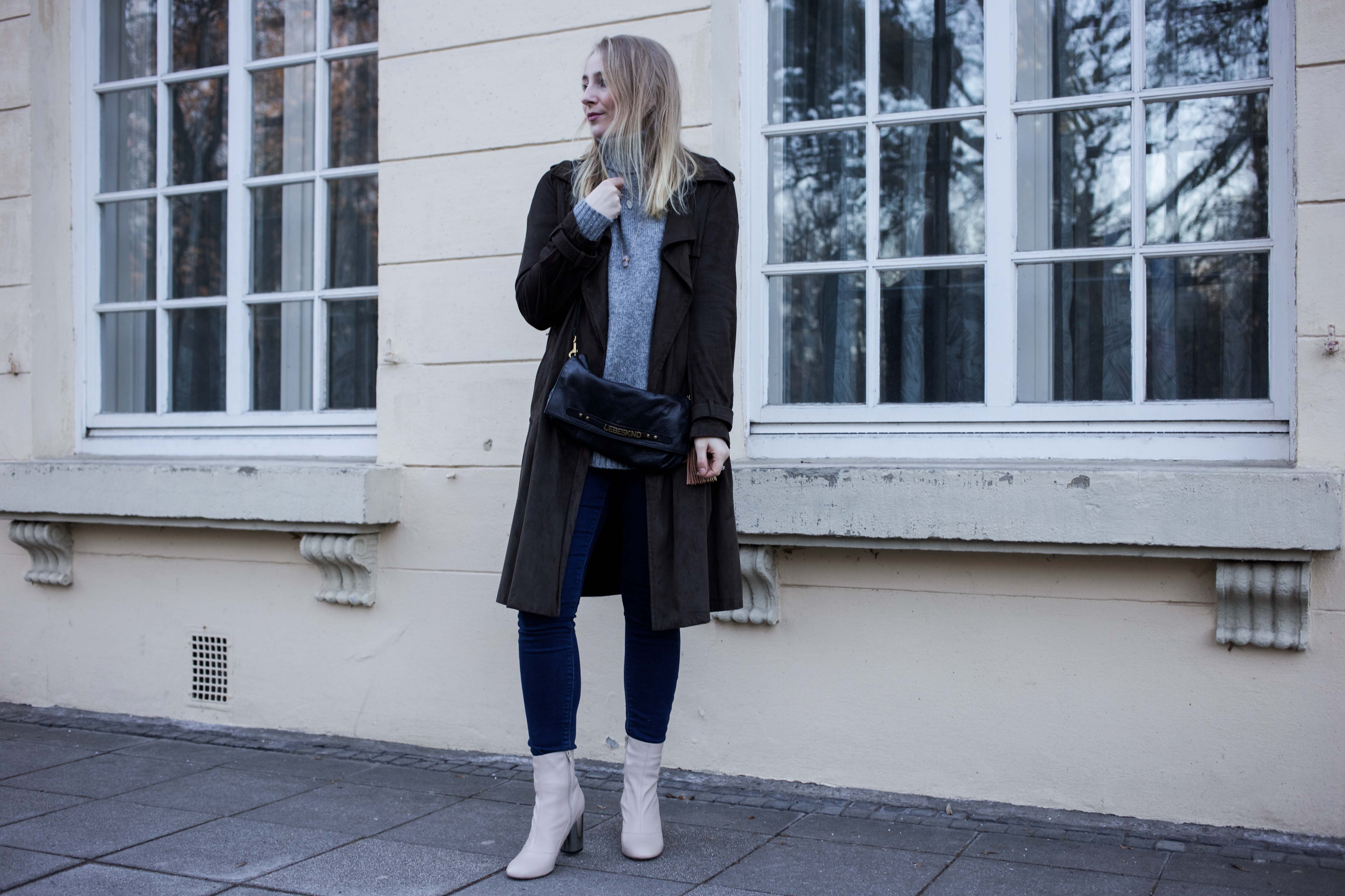 turtleneck-trench-coat-streetstyle-modeblog-fashionblog-bonn-berlin-köln-lederstiefel-silberabsatz-outfi_9203