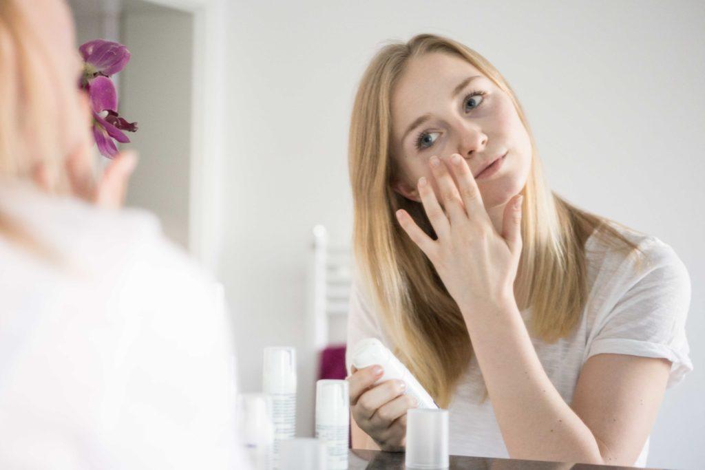 winterpflege-haut-beautyblogger-dermasence-trockene-kosmetik-produkte-sensible_9724