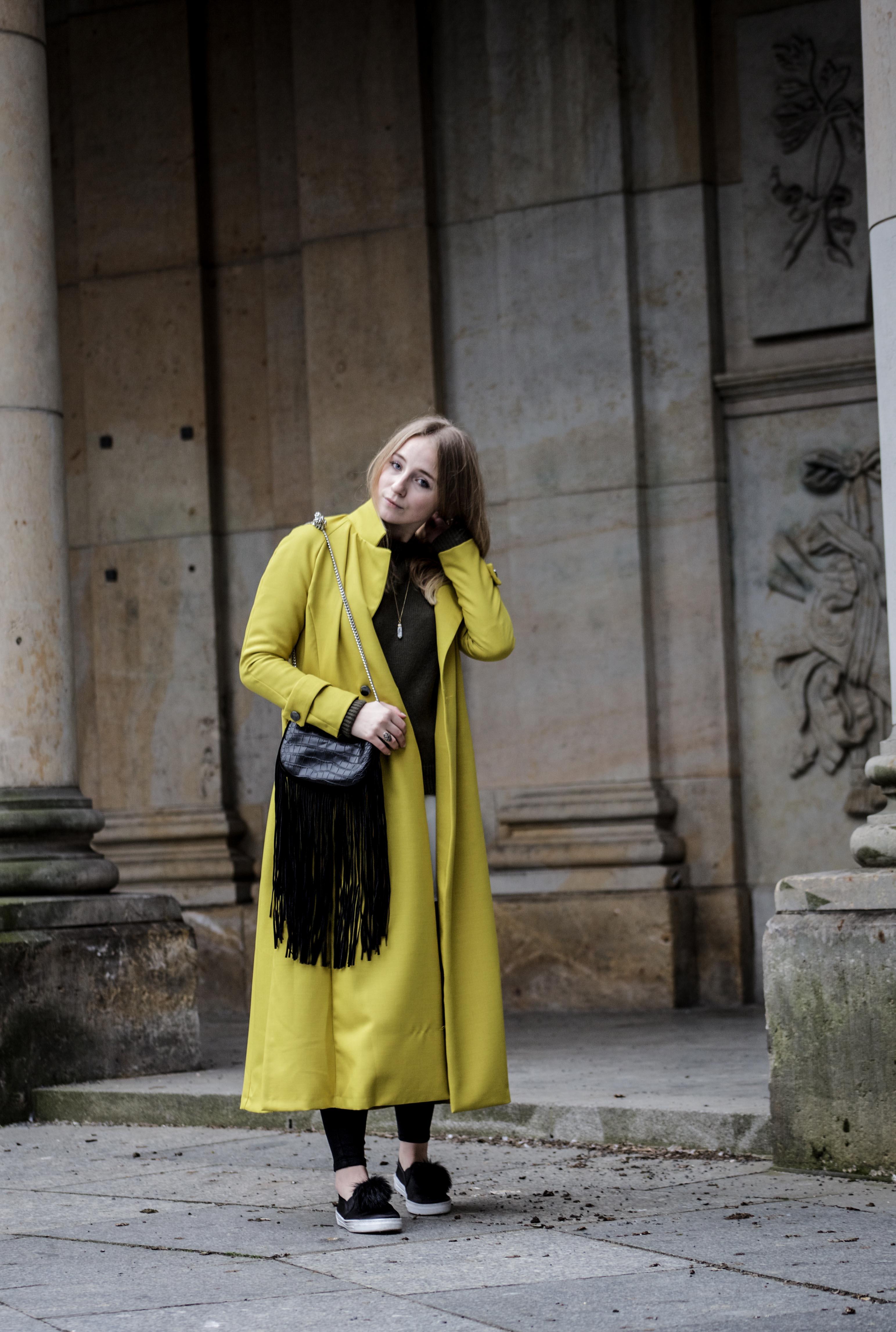 gelber-trenchcoat-frühling-outfit-sommer-fashionblog-modeblog_6273