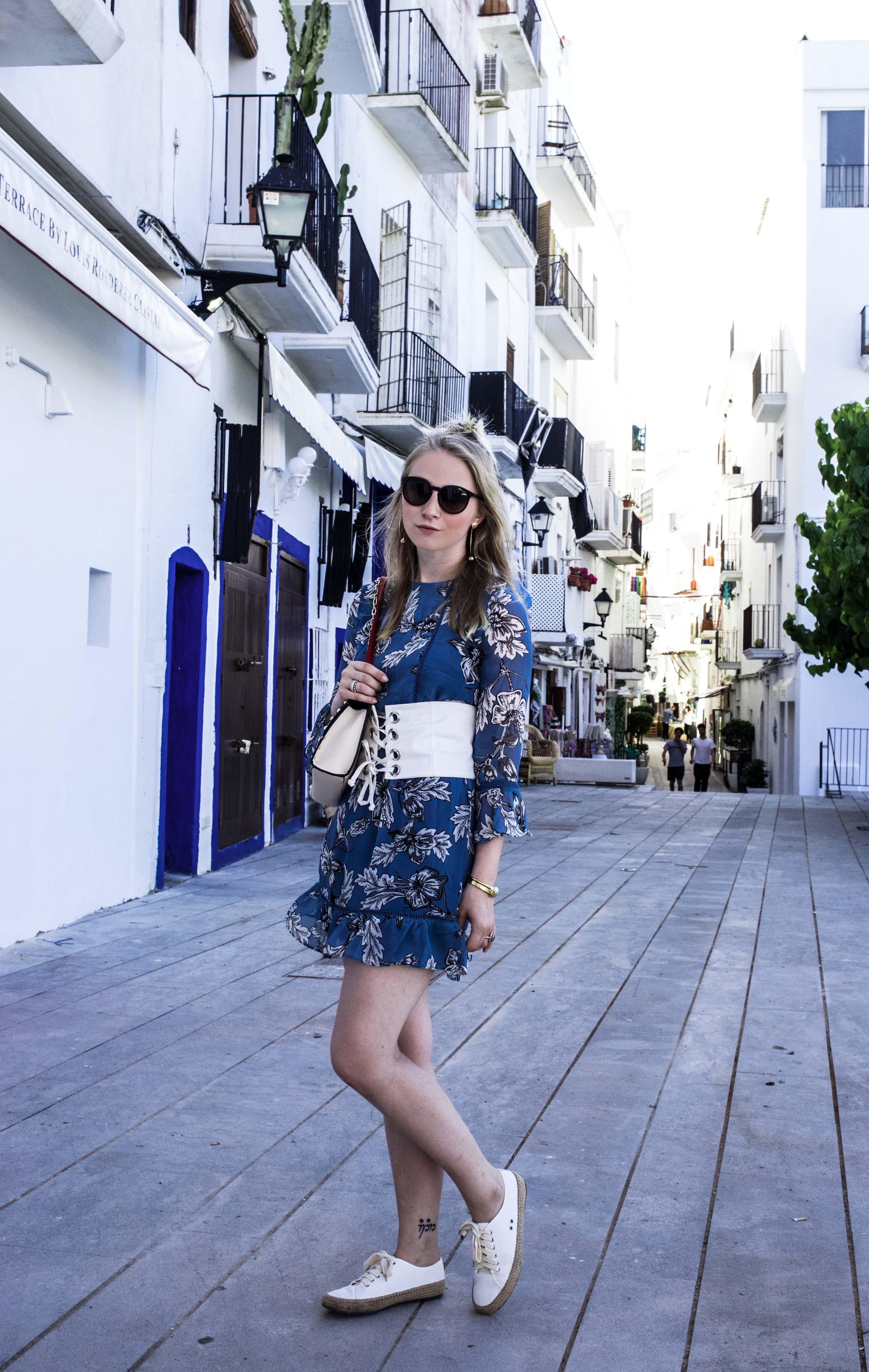 trend-report-taillengürtel-espadrilles-sommerlook-ibiza-modeblog-fashionblog-fashionvernissage_9513
