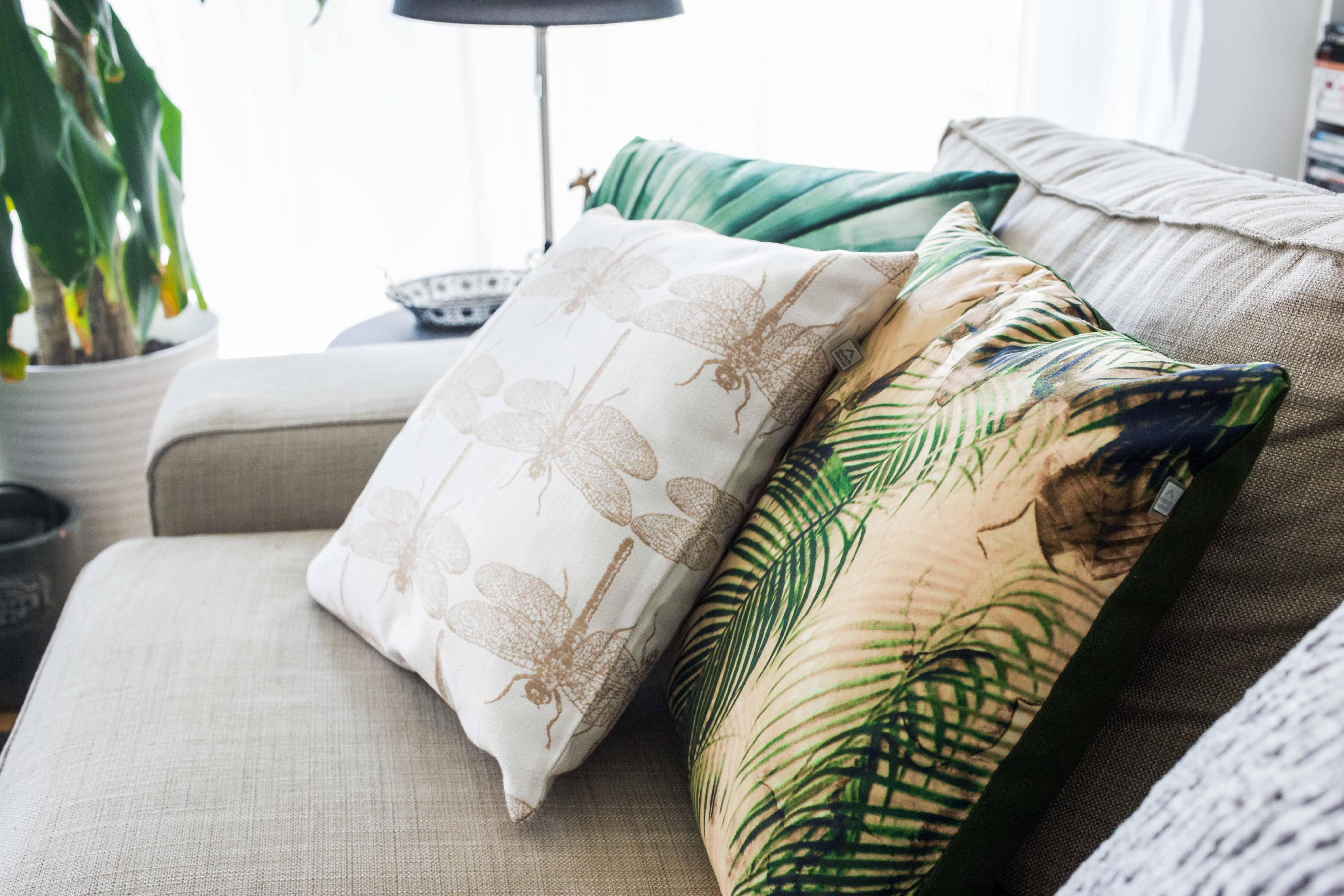 sofa-kissen-jungle-interior-inspiration-möbel-einrichtung_8293