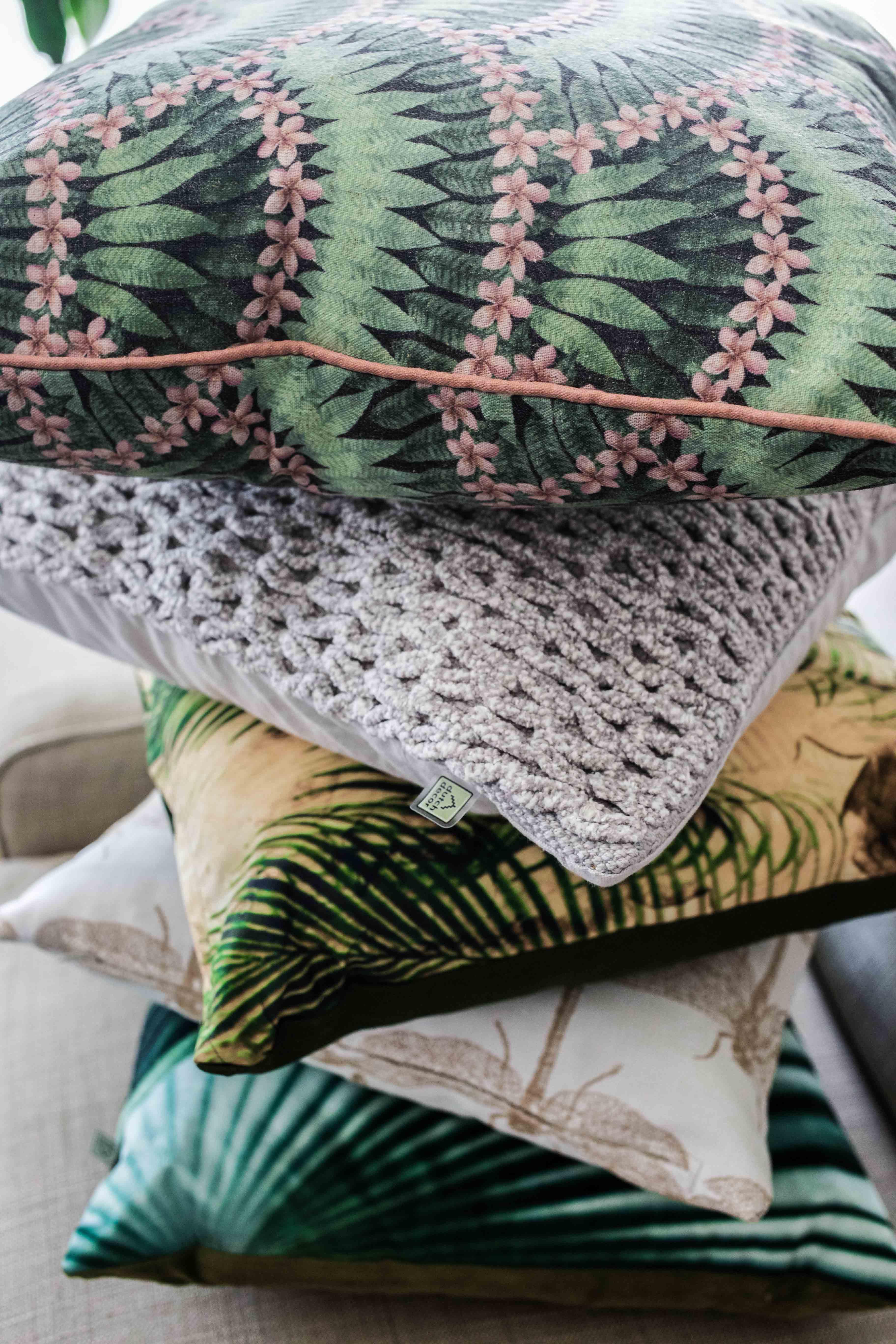 sofa-kissen-jungle-look-interior-inspiration-möbel-einrichtung_8300
