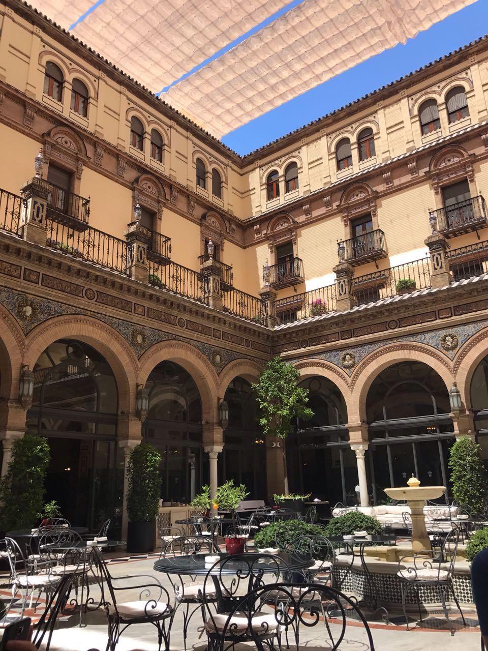 Tipps-Kurztrip-Sevilla-Handgepäck-Guide-Travel-Reiseblog-Reisen-hotel-alfonso-2