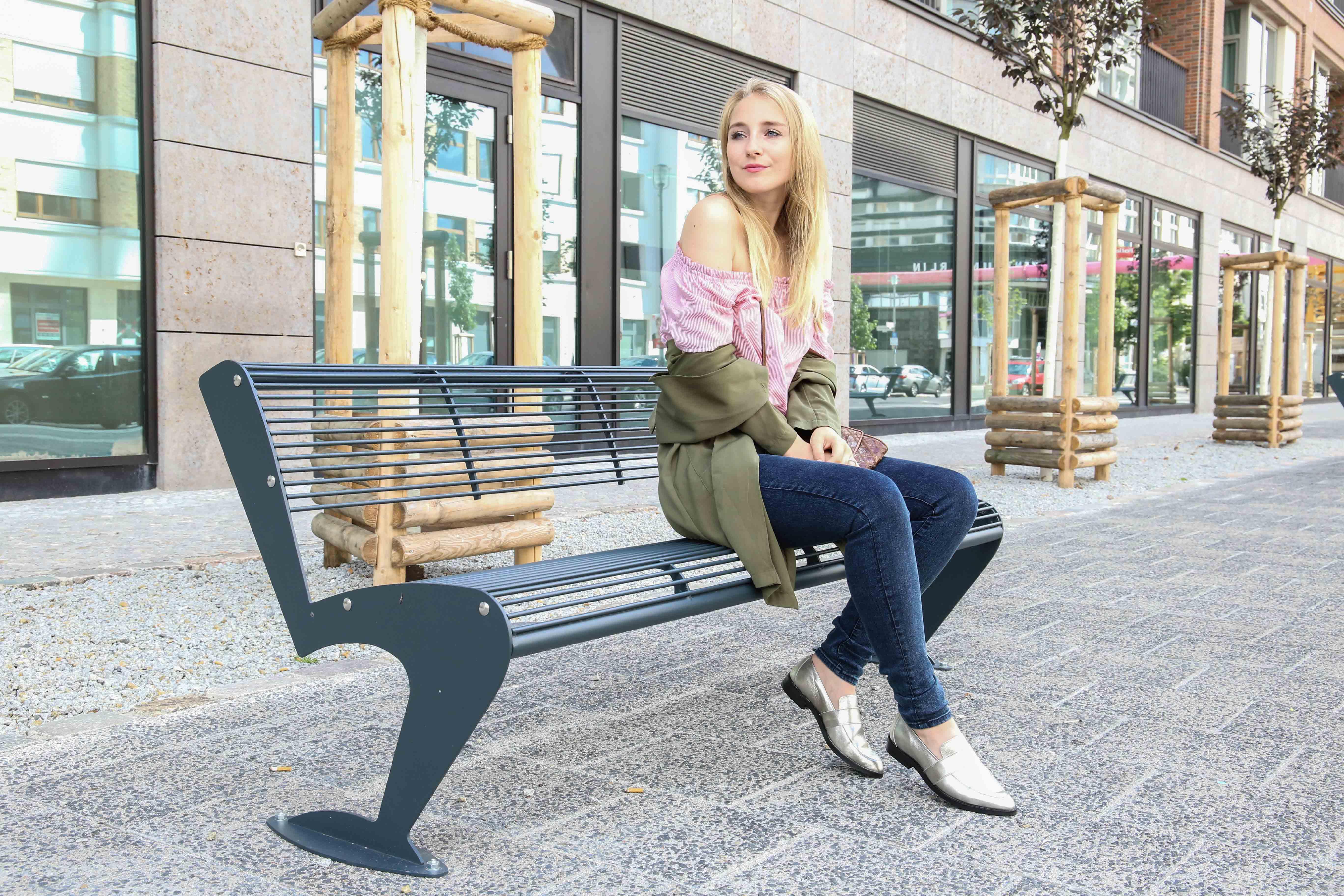 blue-ridge-metallic-slipper-blaue-skinny-jeans-modeblog-fashionblog-outfit-offshoulder-shirt_9935
