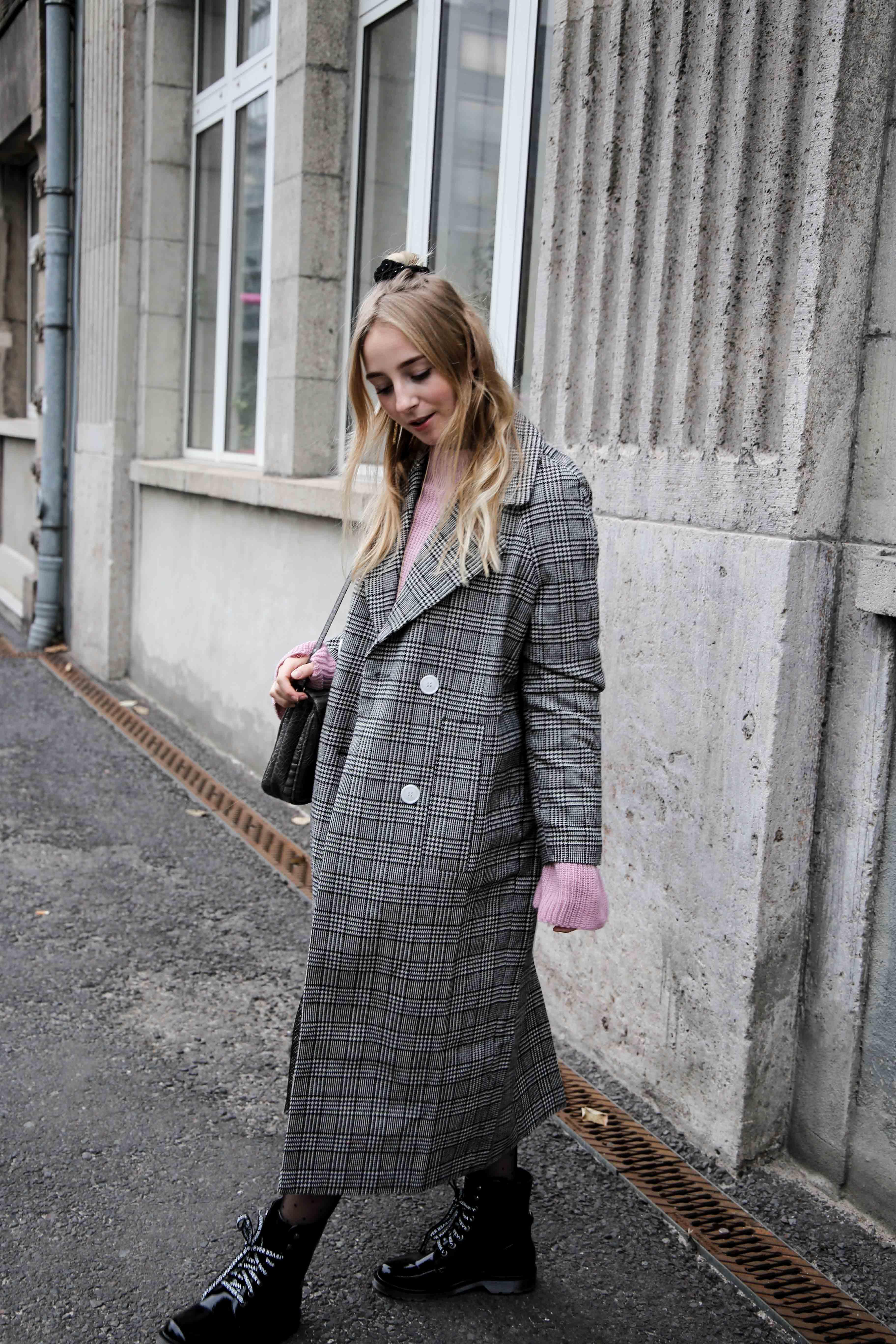 glencheck-muster-mantel-berlin-modeblog-fashion-blog-köln-herbst-look