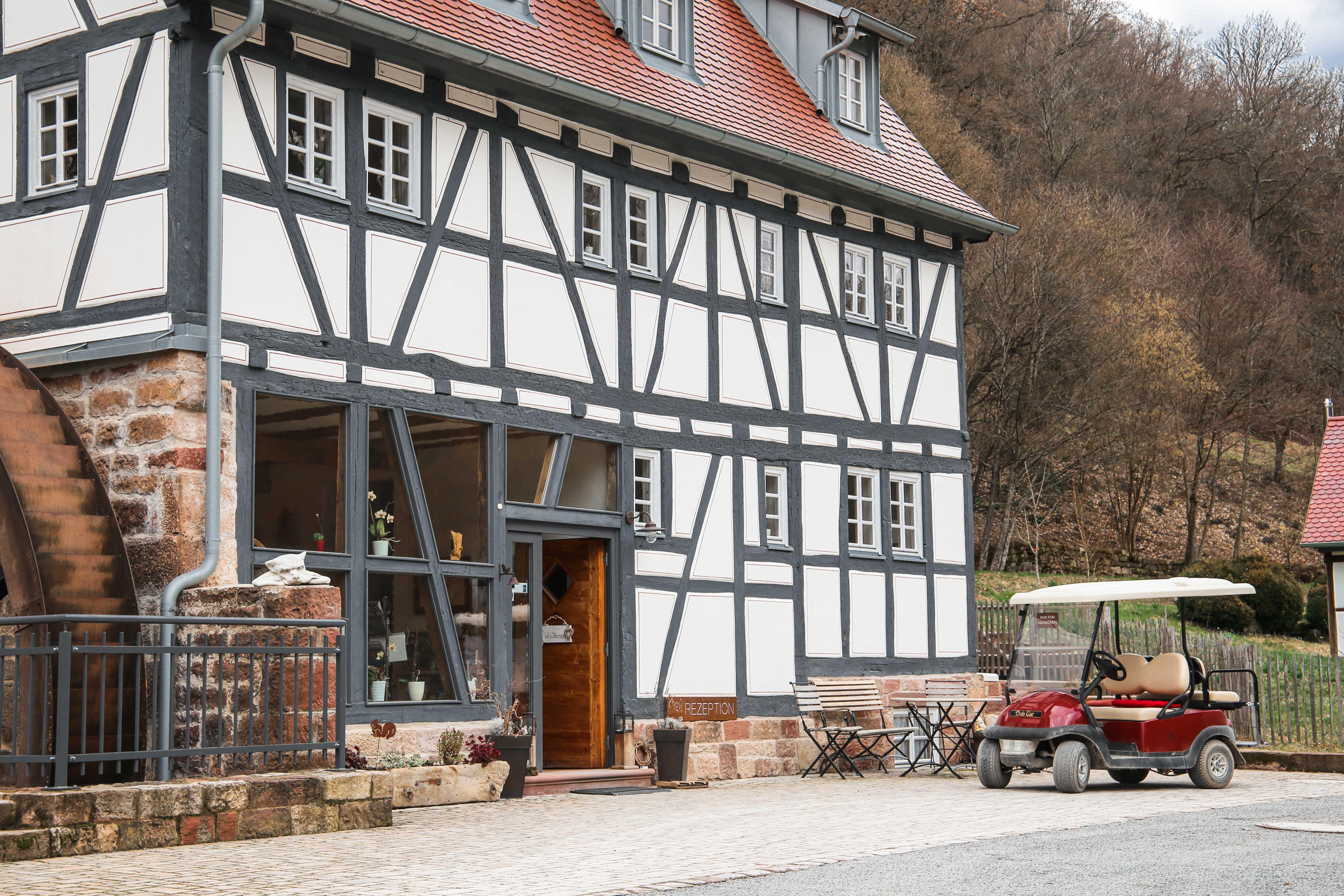 Baumhaushotel-frühstück-baumhaus-seemühle