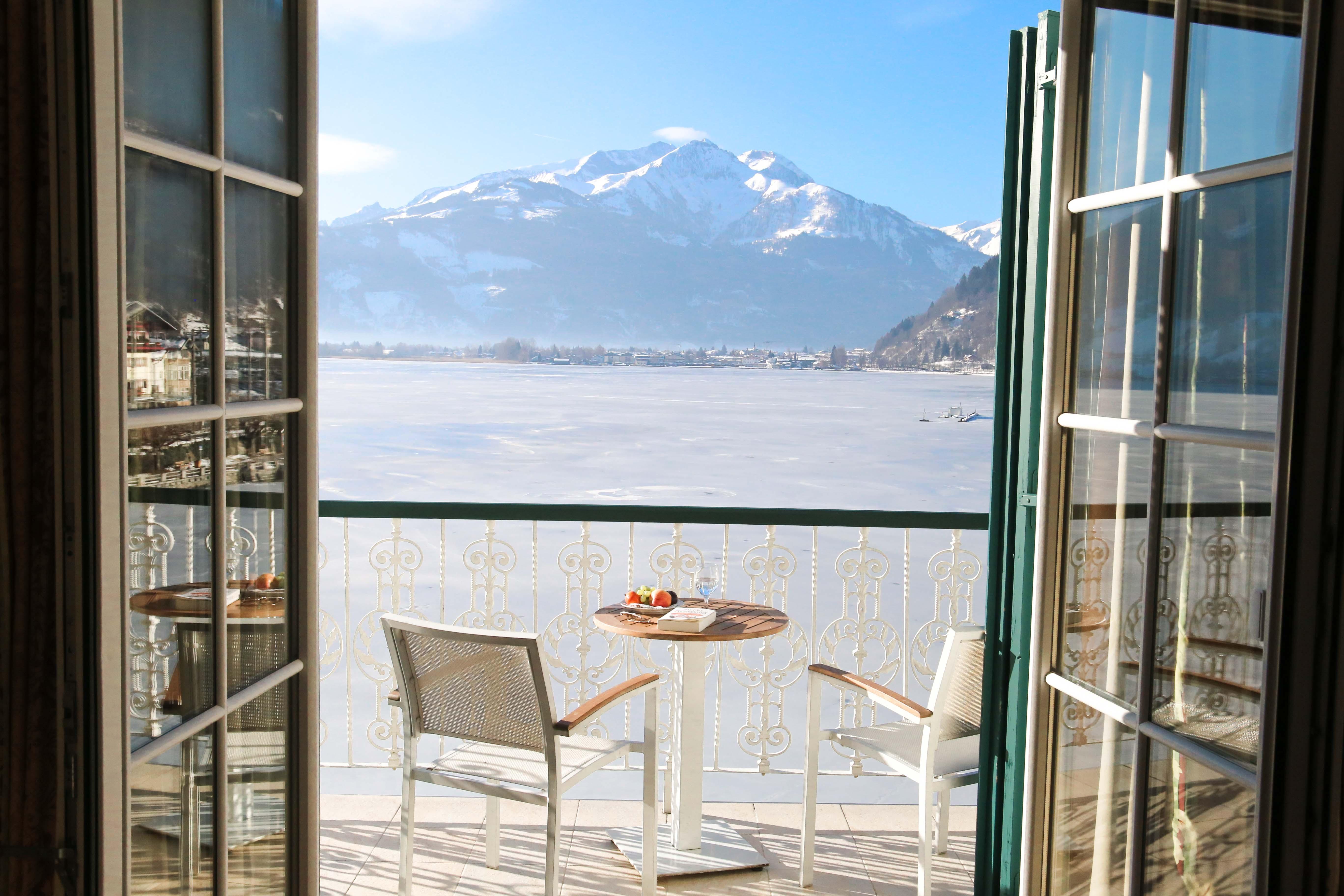 grand-hotel-zell-am-see-berg-ski-urlaub-winter-zimmer-aussicht