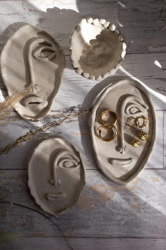 Tonplatten Gesichter töpfern